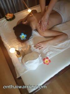 Mandelöl Massage